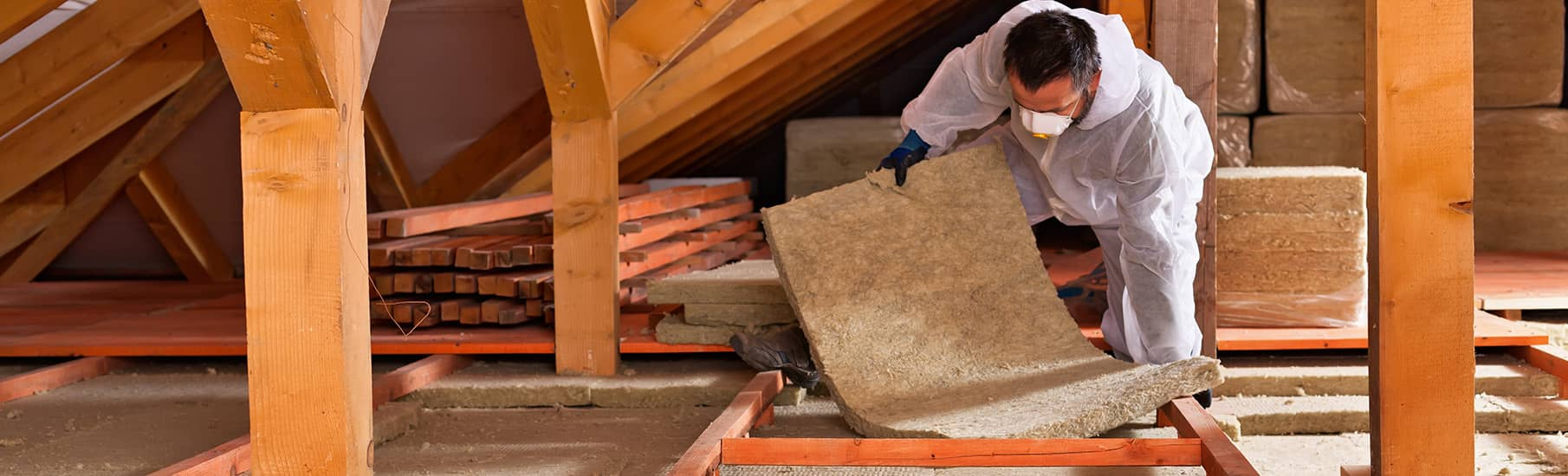 How loft insulation helps reduce heat loss