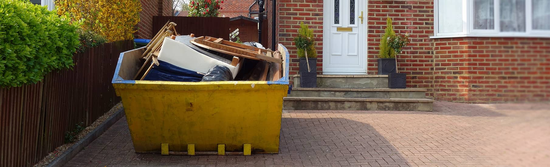 What size skip do I need for a home renovation?